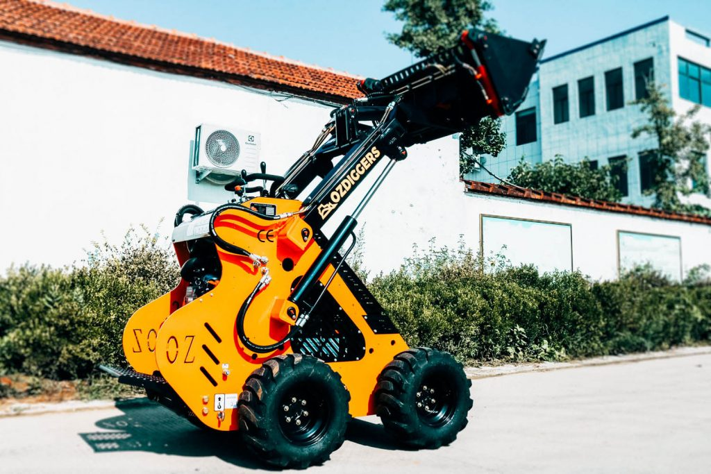 Oz Diggers Wheeled Mini Skid Loader - Petrol